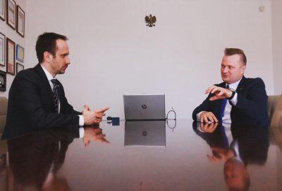 Janusz Kowalski rozmowa zdjęcie Maj 2020